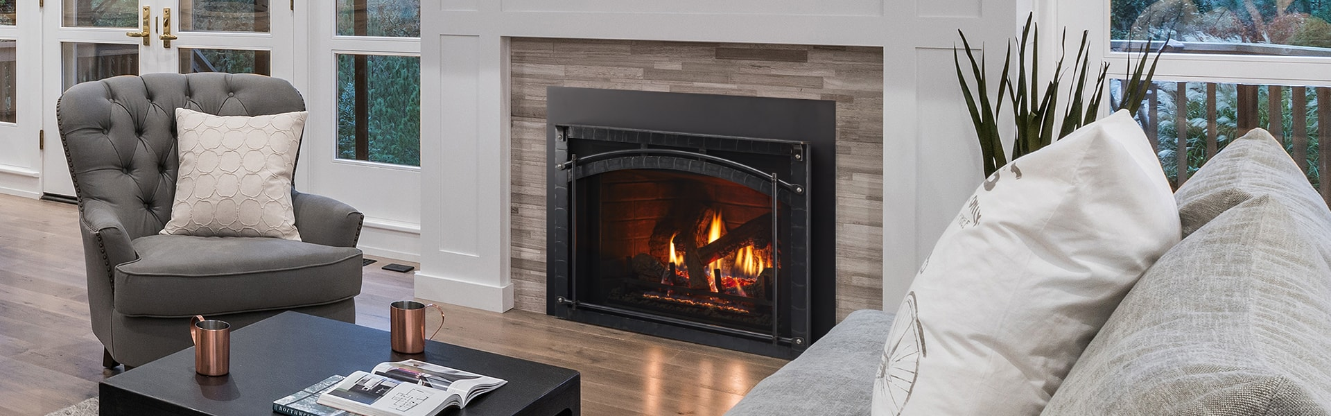 <p>ESCAPE - 30 FireBrick Insert with Chateau Forged Front</p>