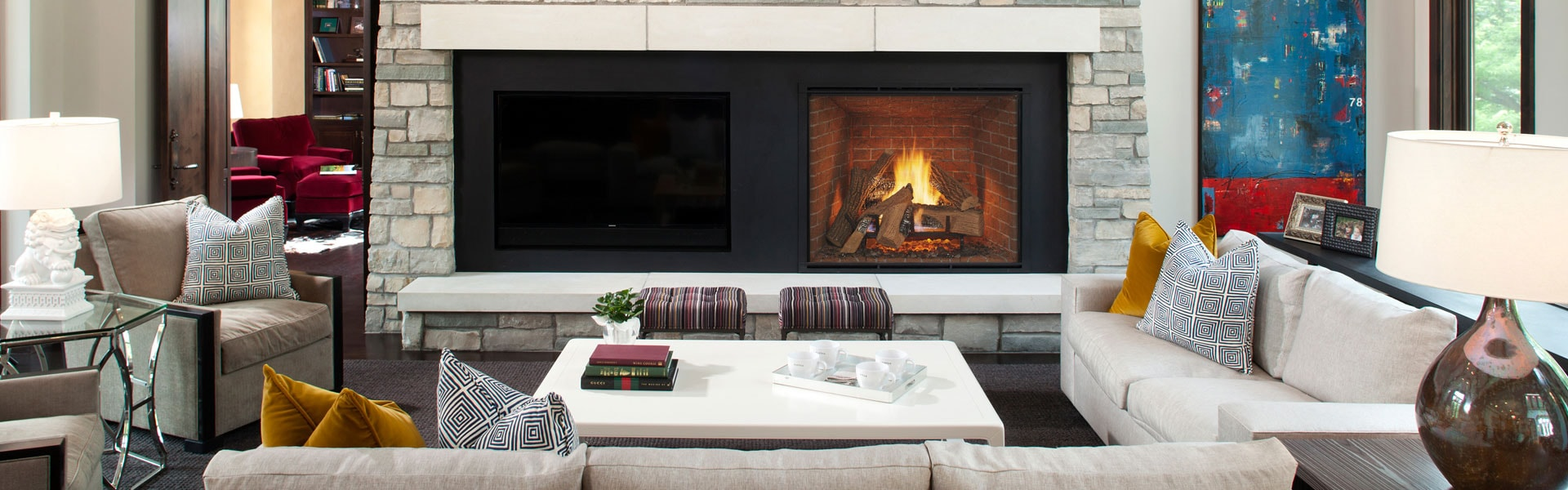 <p>TRUE Series Gas Fireplace</p>